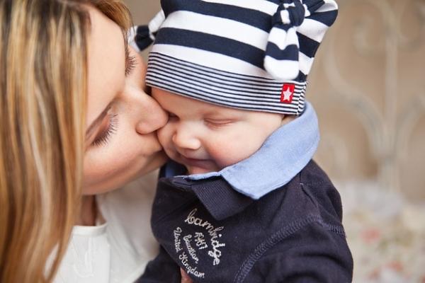 赤ちゃん 夢 占い 夢の予告!!【赤ちゃんを助ける夢&その後起こったこと・・】